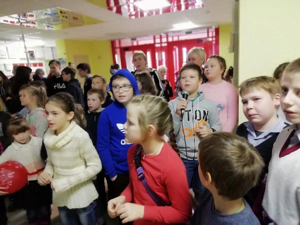 """Мероприятие под девизом """"Улицы без алкоголя"""" собрало представителей трёх школ (фото)"""