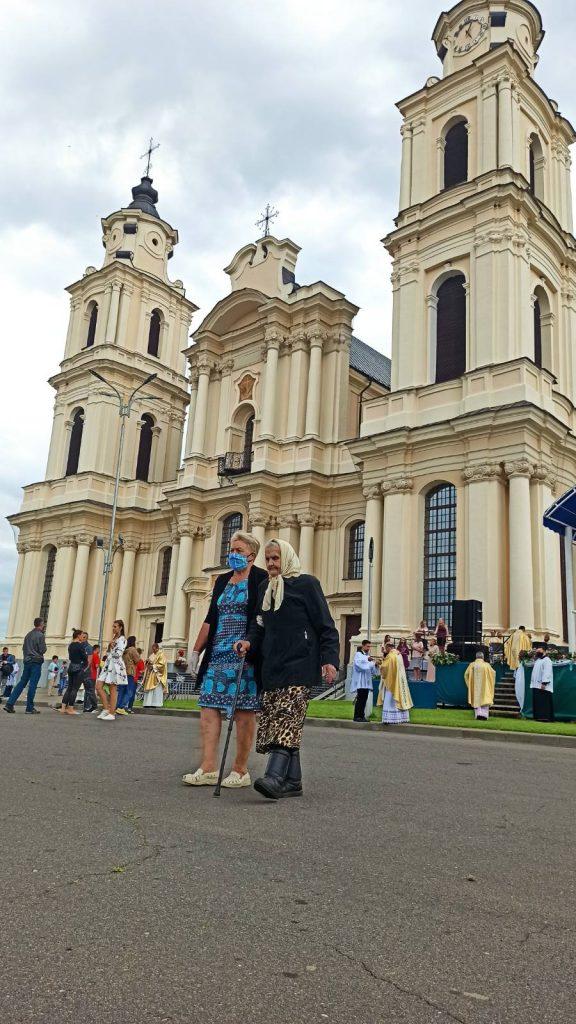 У Будславе пачаліся парафіяльныя ўрачыстасці (фота)